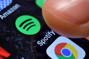 Spotify adds more subscribers, podcasts fuel ad rebound By Reuters